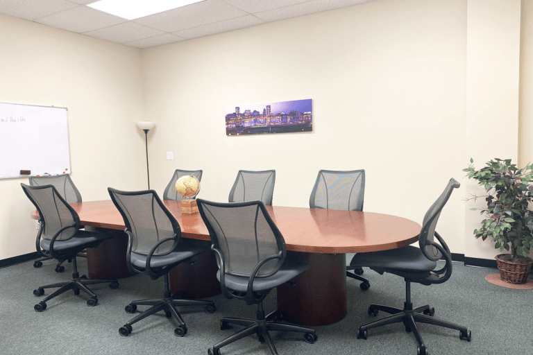 CONFERENCE ROOM OFFICE(1)